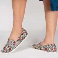 Calzado Skechers Bobs for Dogs: Plush para Mujer