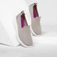 Calzado Skechers Go Walk Joy - Fiesta para Mujer
