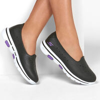 Sandalia Skechers Cali Gear: Go Walk 5 - Sun Kissed para Mujer