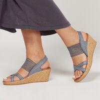 Sandalia Skechers Beverlee - High Tea para Mujer